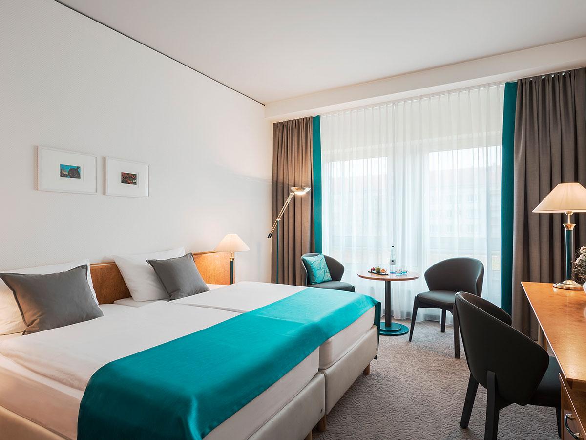humorvolle Klassik erleben und im Dorint Hotel Dresden übernachten
