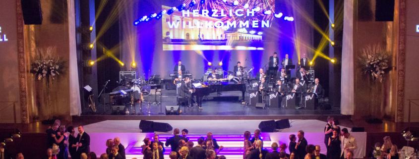Big Band Björn Vüllgraf Orchestra begeistert Ballpublikum in Baden-Baden