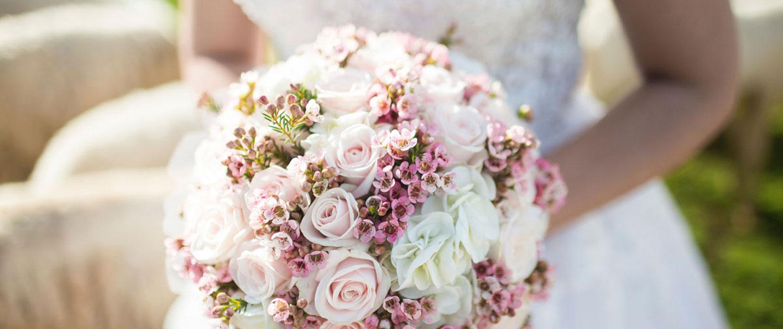 Bei der Hochzeitsplanung darf der Brautstrauß nicht fehlen